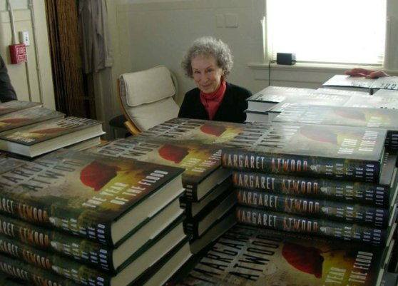Margaret Atwood protects her net with mountains of hardcovers